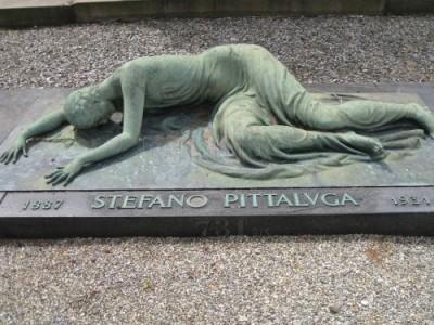 esculturas-tumbas-cementerio-general-de-turin_976271